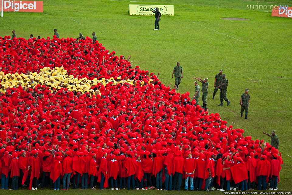 suriname360 » Human Flag formation on Independence Day