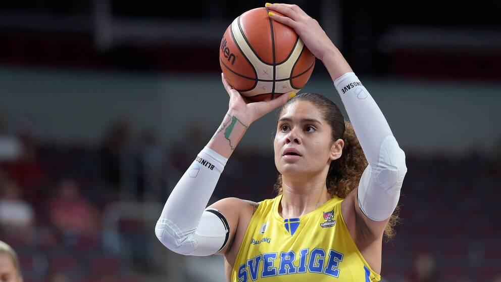 Son Dakika Fenerbahçe Transferi Amanda Zahui Sonuca Kavuştu.
