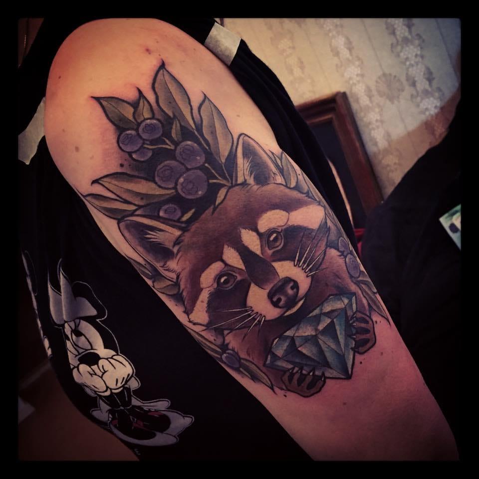 22 Quizzical Raccoon Tattoos | Tattoodo