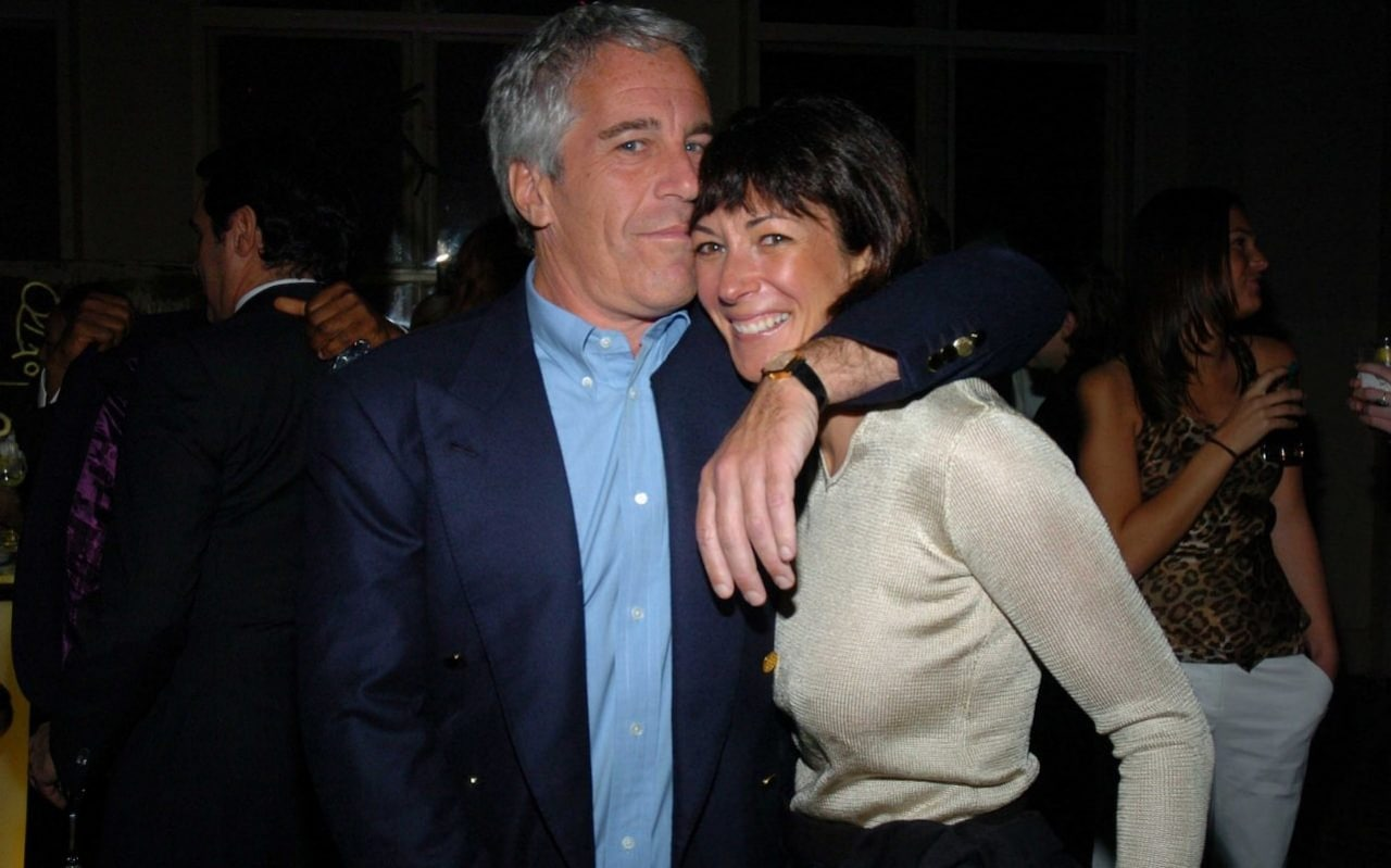 """Jeffrey And I Had Everyone On Videotape"" Ghislaine Maxwell Reportedly Told Friend…"