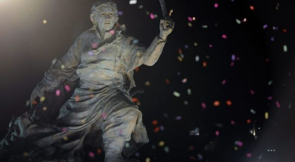 Argentina: Columbus Statue Replaced by Female Freedom ...
