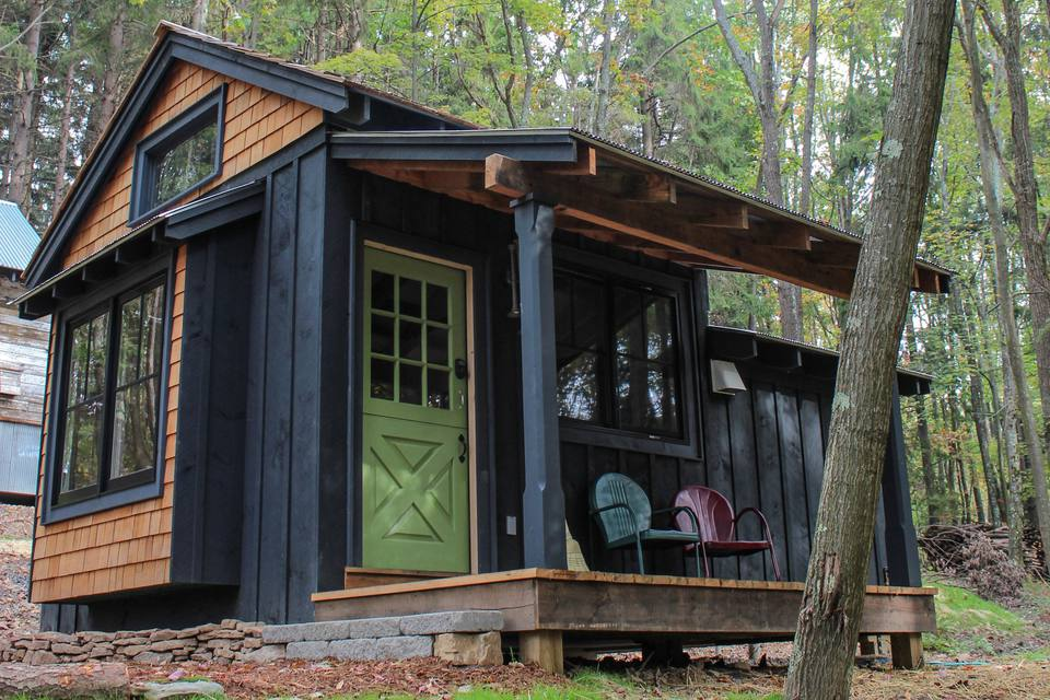 Small Cabins You Can DIY or Buy for $300 and up