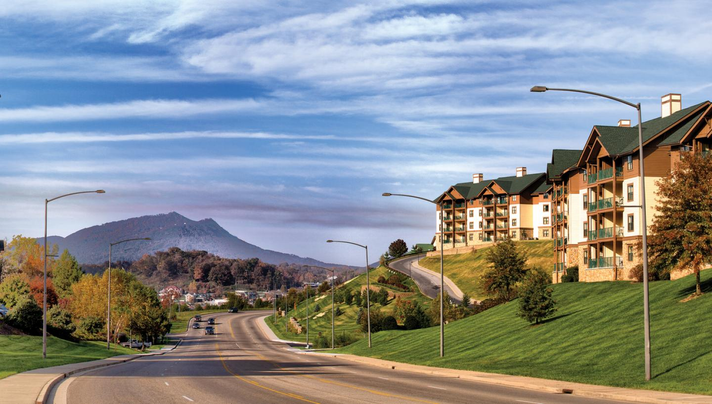 Wyndham Smoky Mountains in Sevierville, TN - Tennessee ...
