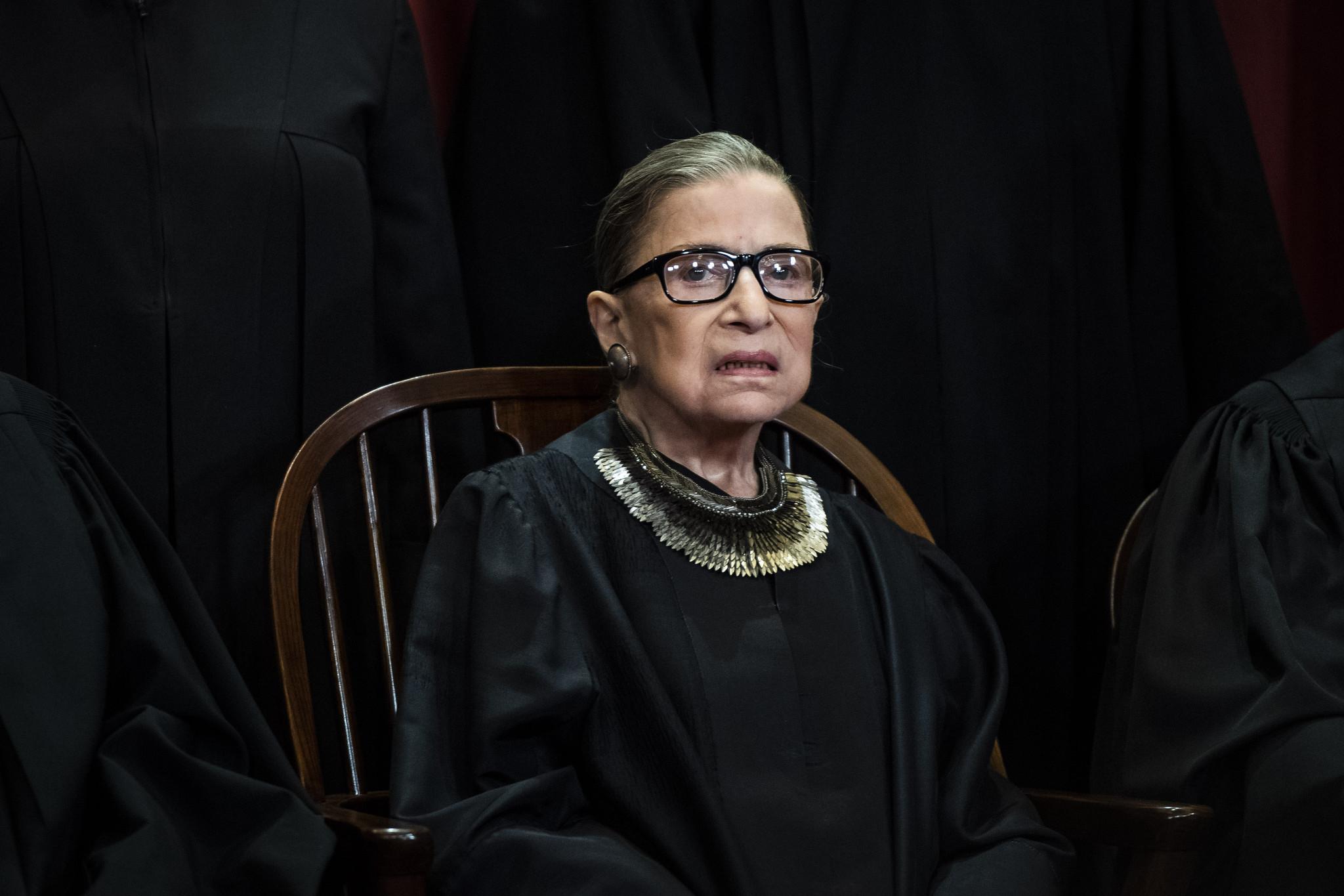 Justice Ginsburg temporarily halts Trump financial records subpoena…