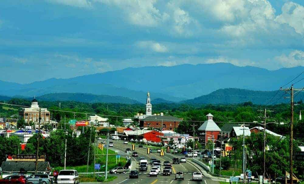 7 Can't-Miss Attractions in Sevierville TN