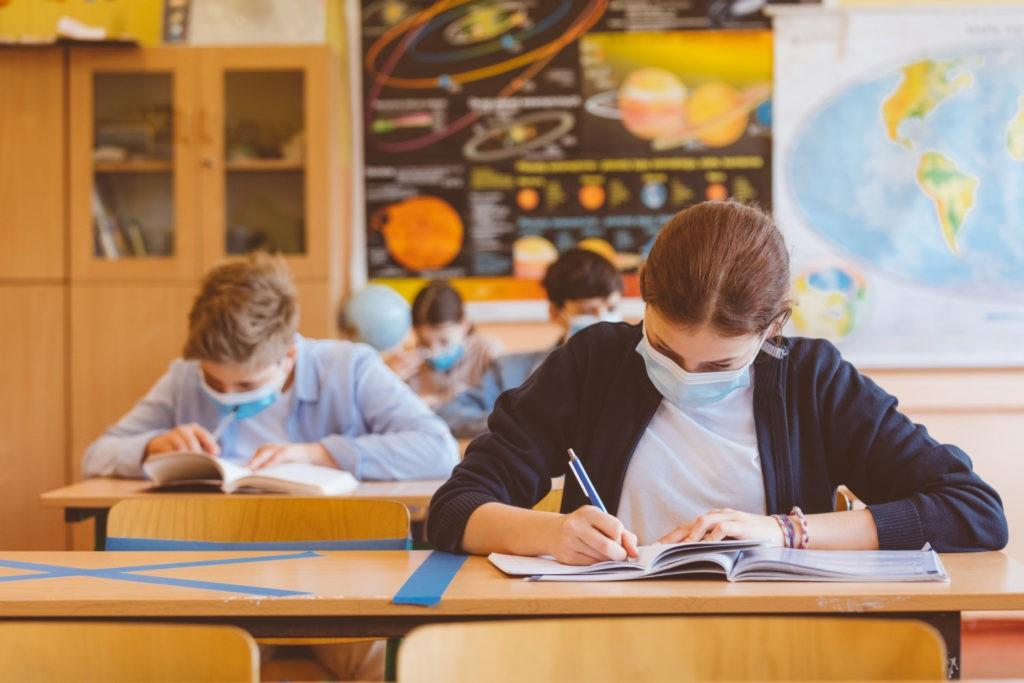Rentrée scolaire du 2 novembre : le nouveau protocole ...