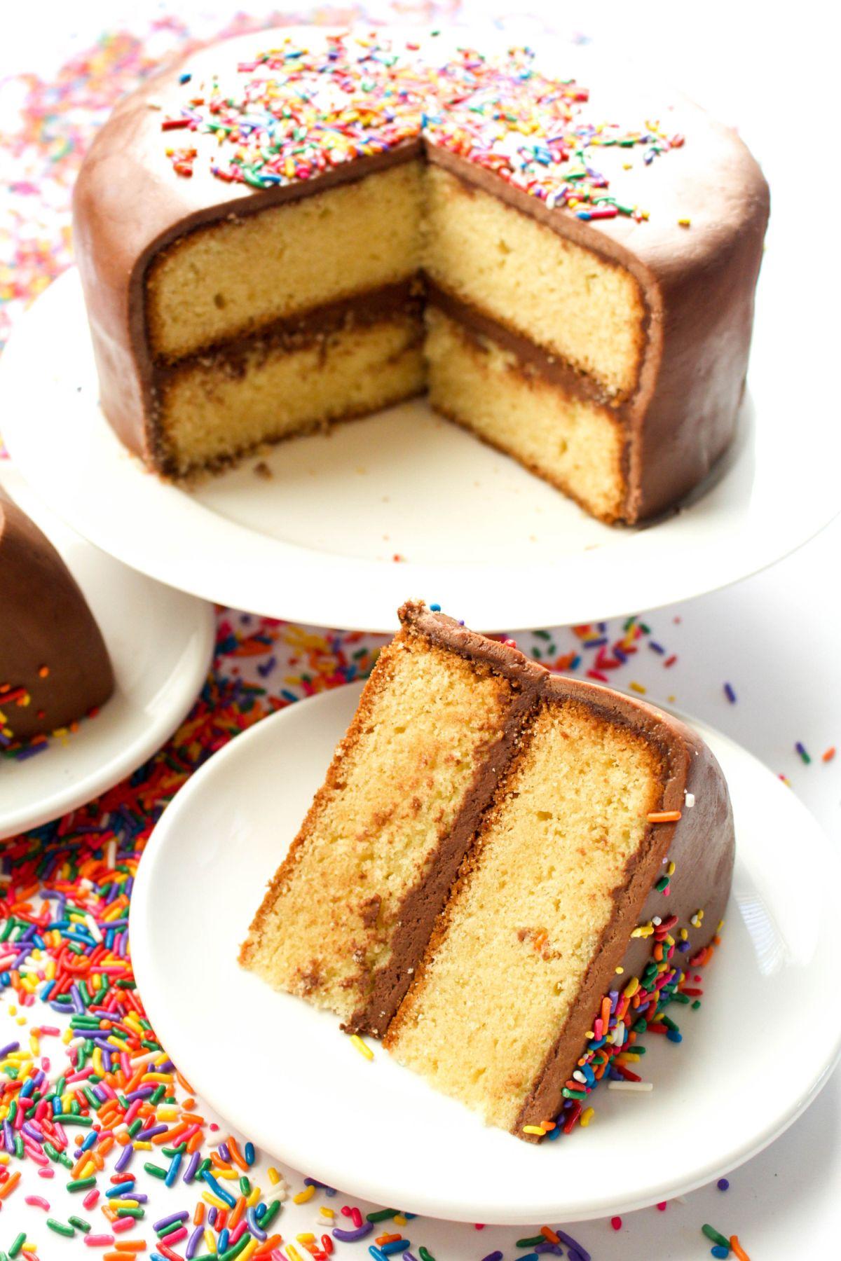 Fondant-Birthday-Cake-Slice.jpg&f=1&nofb