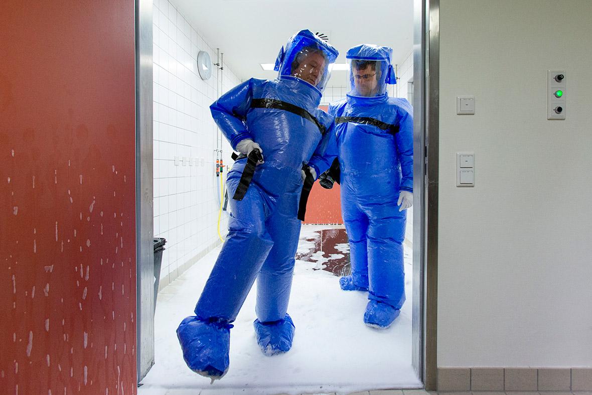 ebola.jpg&f=1&nofb=1