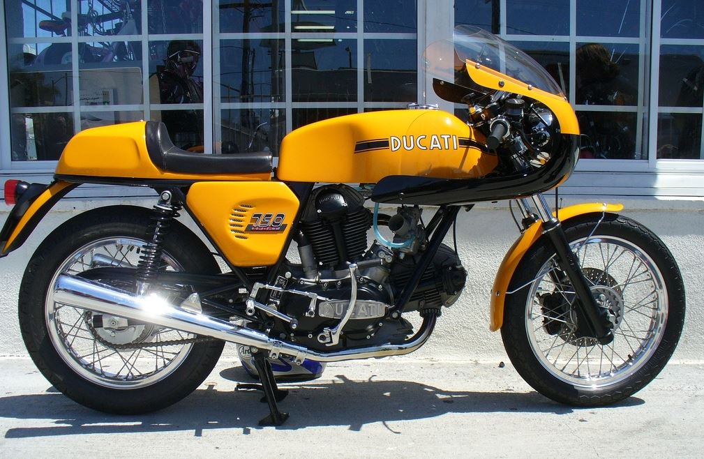 Ducati-750-Sport-with-Fairing.jpg&f=1&no