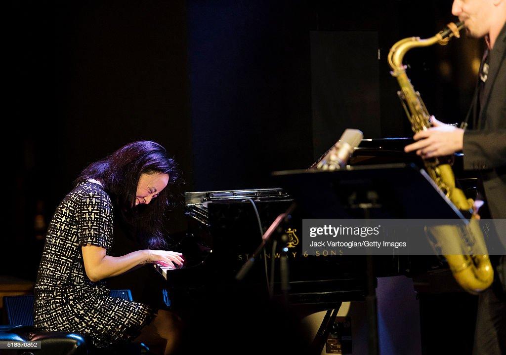 american-jazz-musician-helen-sung-plays-