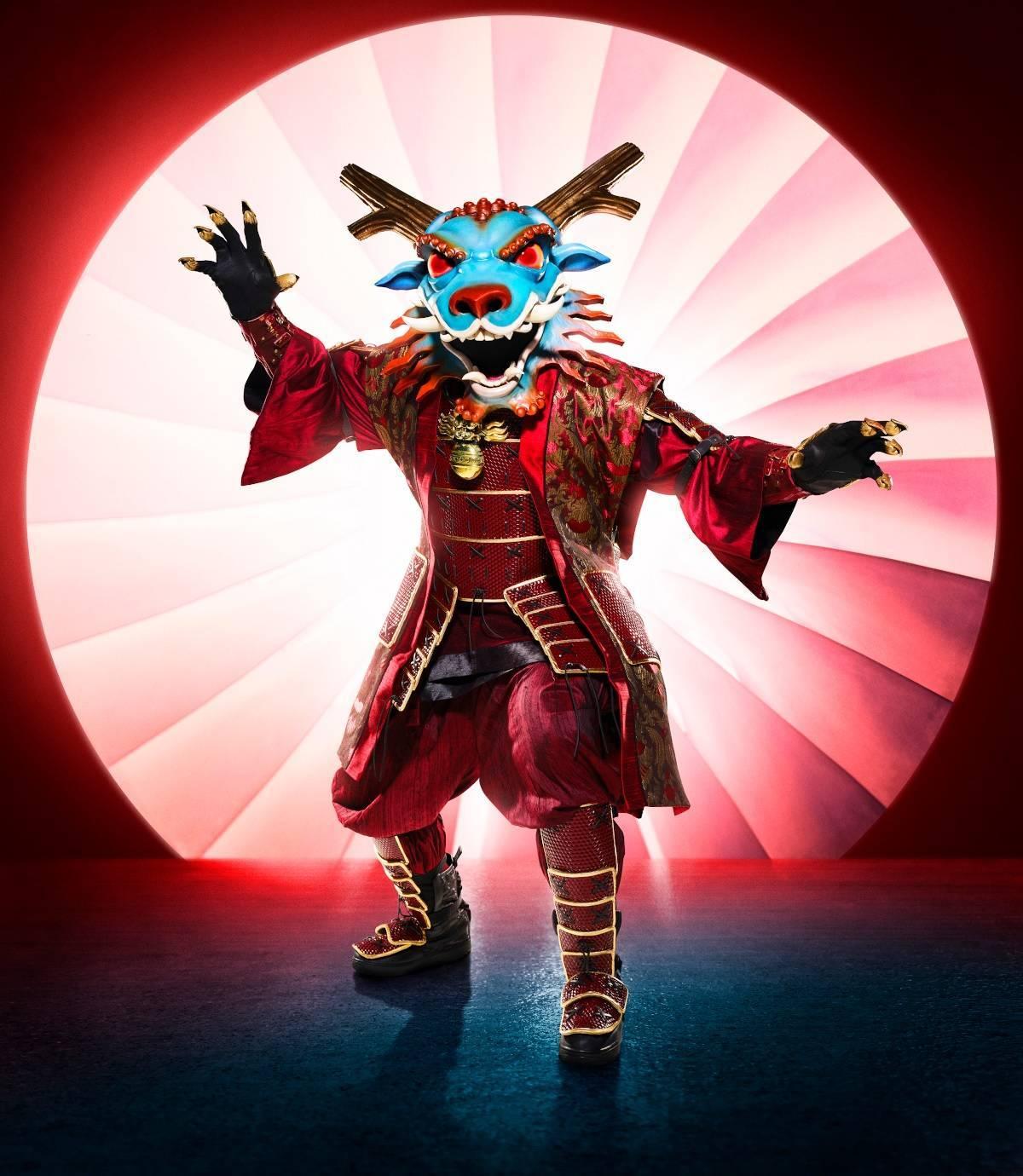 the-masked-singer-dragon-fox-20093492.jpeg?auto=webp%26width=1200%26height=1380%26crop=1200:1380,smart&f=1&nofb=1