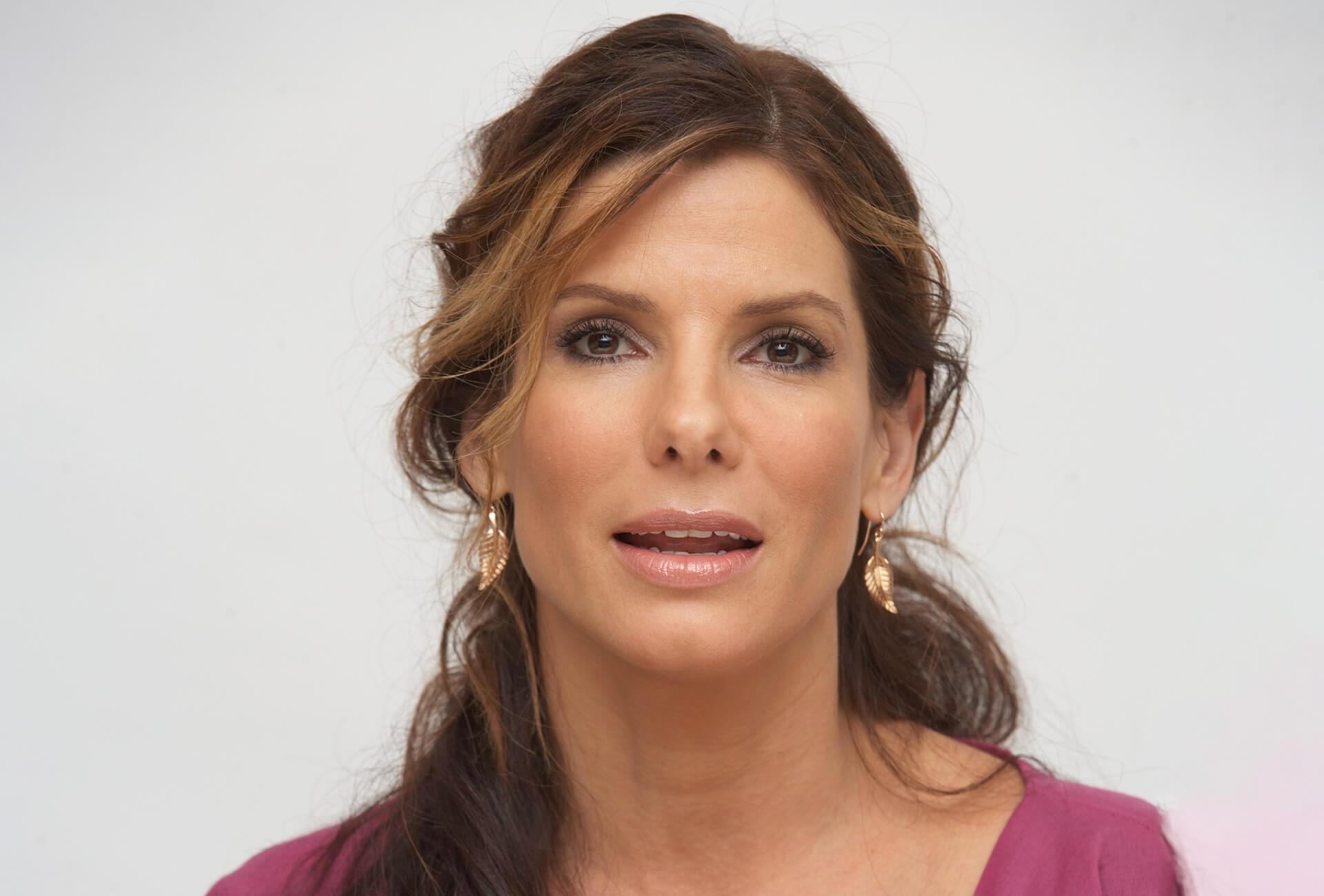 Sandra-Bullock-c.jpg&f=1&nofb=1