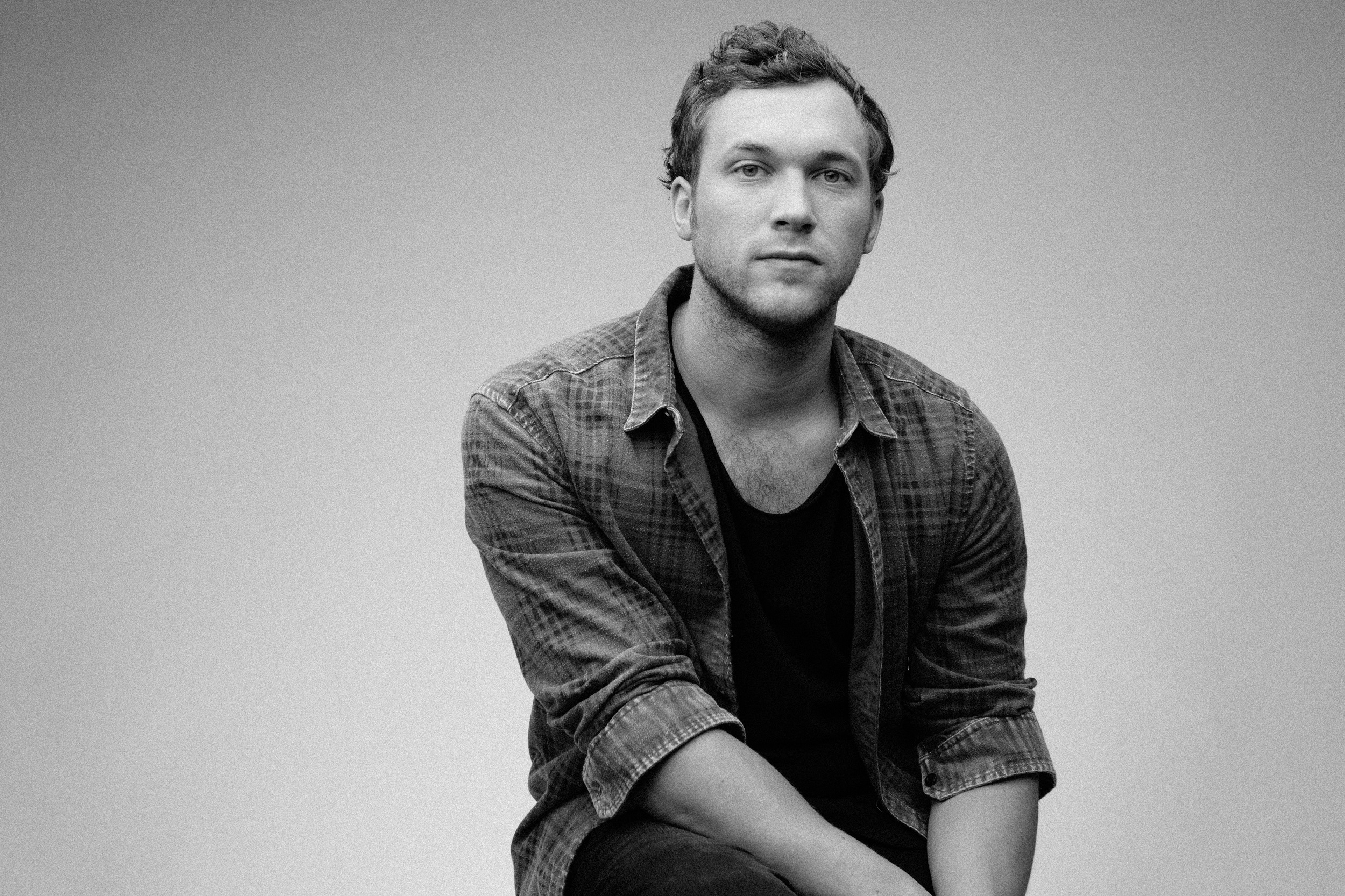 Phillip-Phillips-photo.jpg&f=1&nofb=1