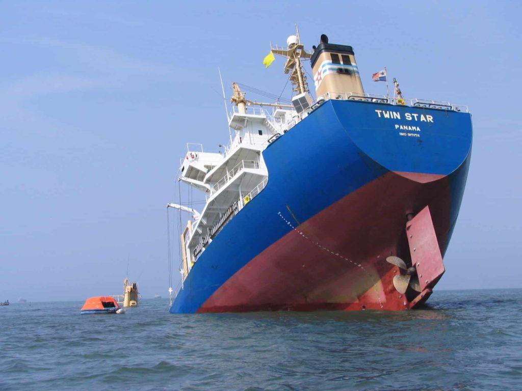 Ship-Sinking-1024x768.jpg&f=1&nofb=1