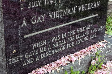 """4709 - <a href=""""http://avtotemp.info/page/lgbt-parenting-articles"""" class=""""perelink"""">LGBT</a> veterans, <a href=""""http://avtotemp.info/page/glass-gays-lesbians-and-straight-supporters"""" class=""""perelink"""">supporters</a> celebrate Veterans Day ..."""