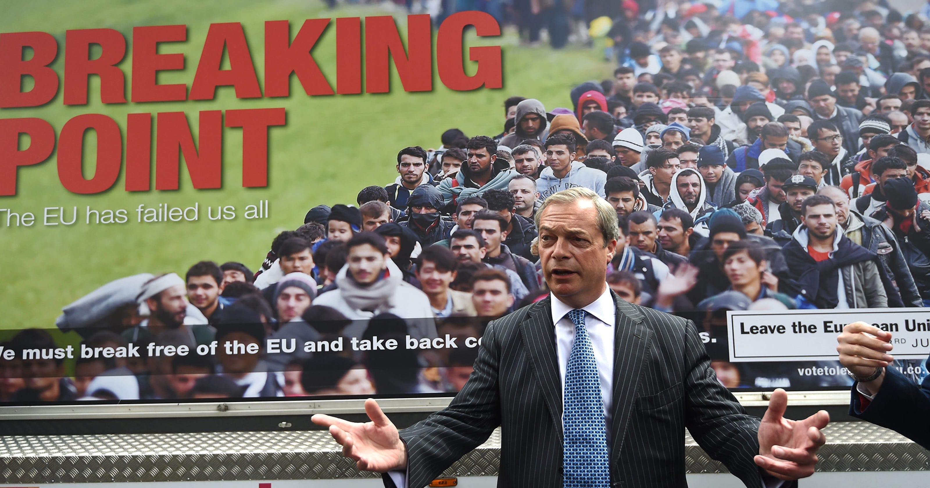 636017558397875905-nigel-farage-061716.j